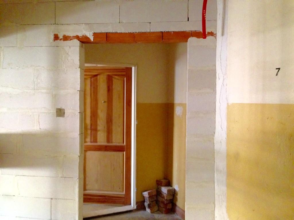 玄関前の小部屋