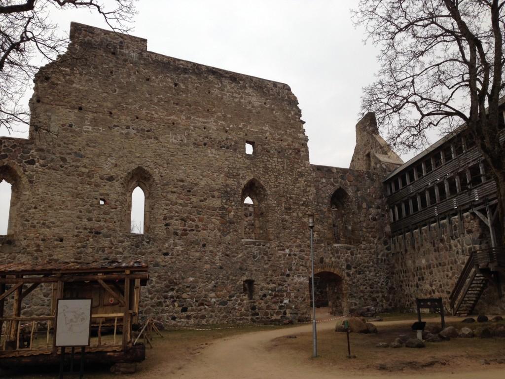 クリムルダ中世城跡
