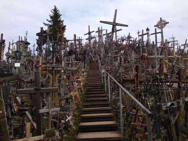 これが、噂の十字架の丘!