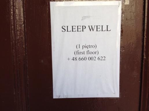 First floor は日本でいう2階