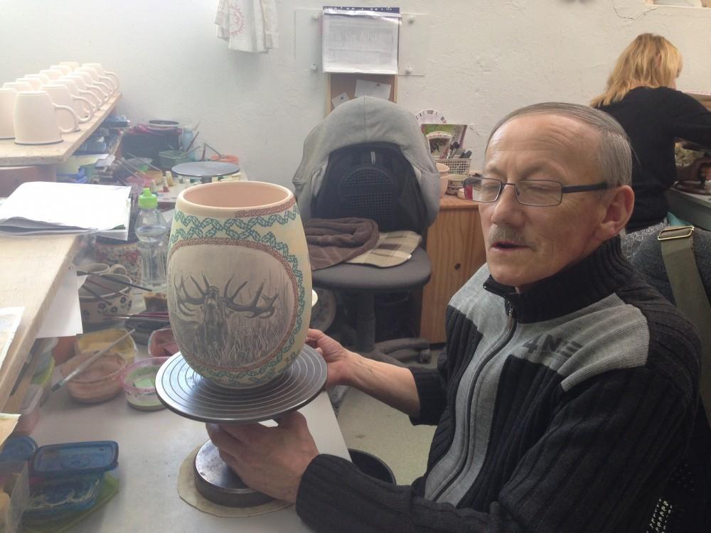 大会優勝者に贈られる陶器らしい