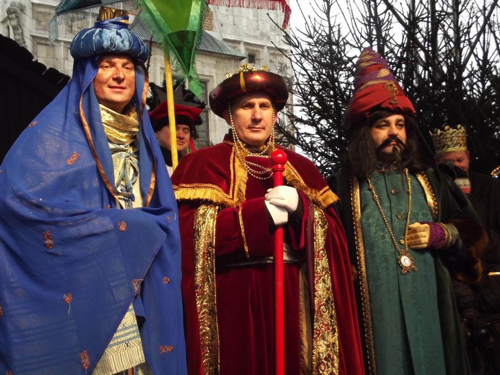 東方の三博士に扮したポーランド人