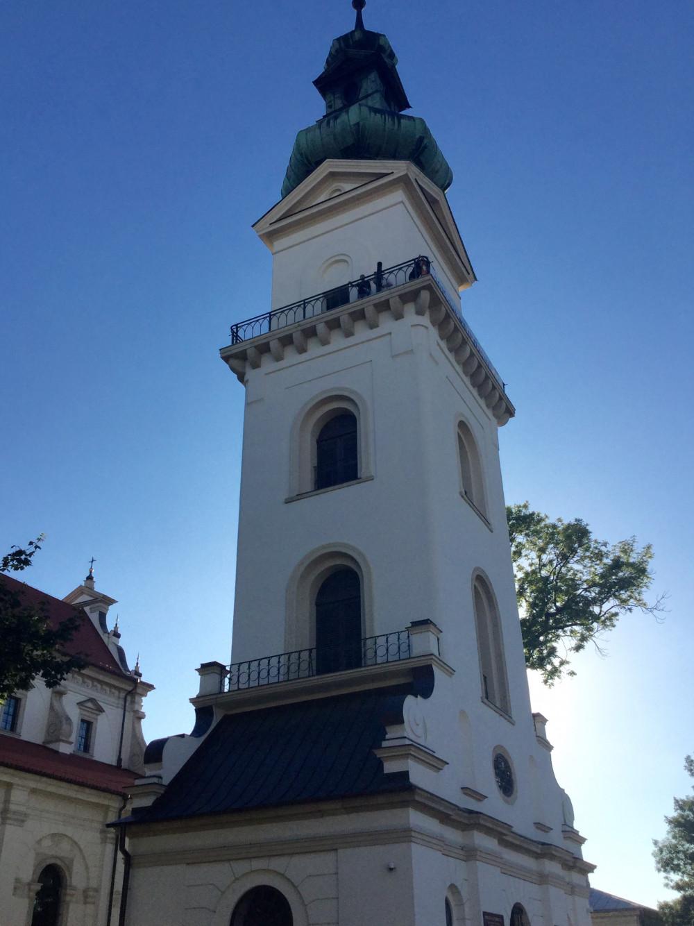 大聖堂の隣にあるベルタワー