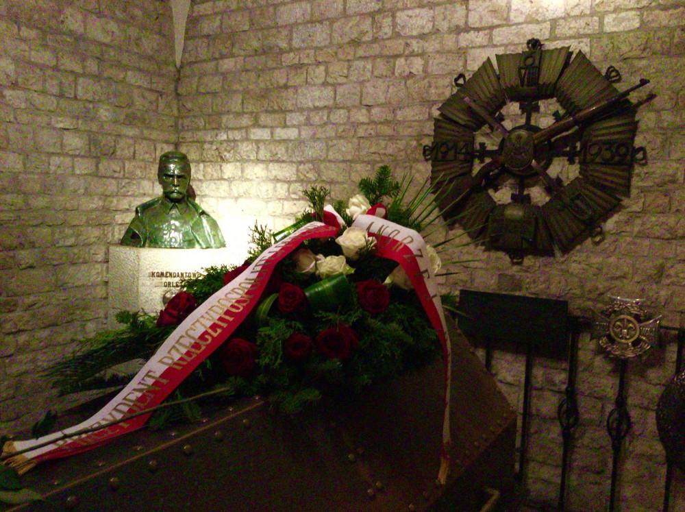 ヴァヴェ大聖堂地下にあるピウスツキの棺