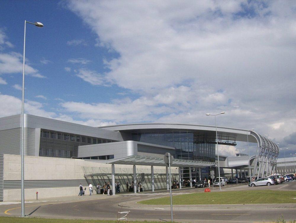 ポズナン空港