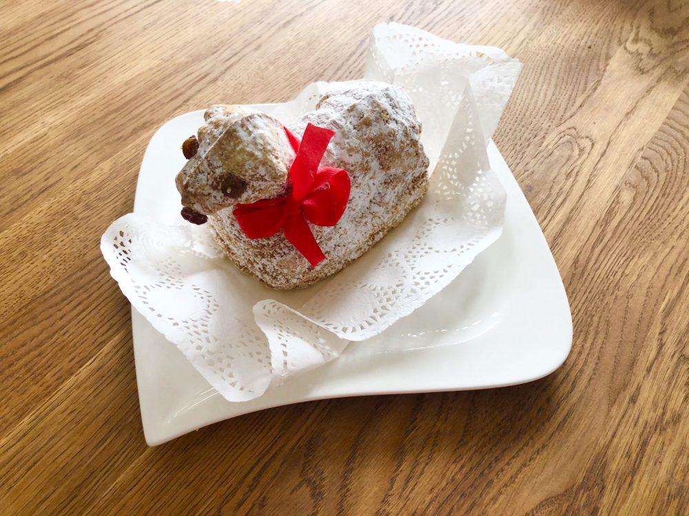 子羊のケーキ